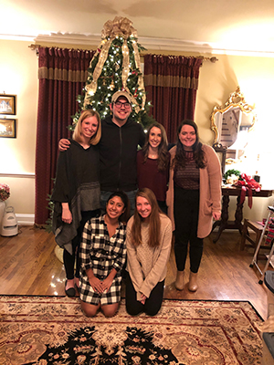 Interior Design Students Decorate President's Home for Christmas